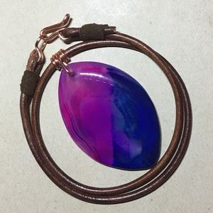 """Jewelry - ❤️16"""" Pink & Blue Agate Leather Choker Necklace"""